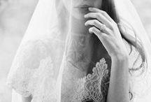BRIDAL ACCESSORIES / Wedding accessories