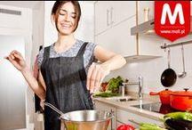 Gotuję! / O pysznym jedzeniu i o przedmiotach, które wprowadzają do kuchni magię