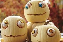 Halloween / by Nikki Spiers