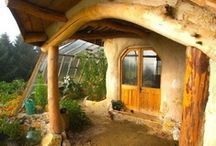 Eco Cabins Cob & Strawbale / by Julie Shackson