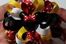 MOÑOS,DIADEMAS Y PASADORES./ BOWS,HEADBANDS AND PINS. / by Elvia Padilla
