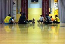 Temporada 2013-14: ENTRENAMENTS / A la temporada 2013-14, l'Escola té babies, prebenjamins, benjamins, alevins, infantils i júniors. Tono, del sènior, s'ha incorporat com a entrenador dels júniors. Moltes cares noves a les grades; molts xiquets nous a la pista.