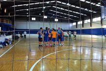 SÈNIORS: Temporada 2013-14 / El l'Olleria Bàsquet, l'equip sènior, és un mirall pels xiquets i xiquetes de l'Escola de Bàsquet. Esperem mantenir i reforçar els lligams entre els sèniors i els equips inferiors per seguir fent club!