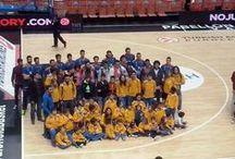 Excursió a la Fonteta (28-11-2014) / De nou, l'EB l'Olleria vam acudir a la crida del València Basket per tal d'animar a l'equip durant l'important partiu de la lliga europea contra el Galatasaray. No podia fallar i no ho va fer, i nosaltres vam ser partíceps d'eixa important victòria... i ens ho vam passar molt bé, també!