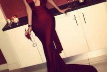 Dresses / Vestidos: longo, curto, armado, tudinho, transparência, brilho,  paetê.