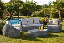 Salon de jardin / Idées d'aménagement pour la terrasse , le balcon ou le jardin. Table, chaise, canapé de jardin. Une multitude de possibilité de meubler votre pièce à vivre de l'été.