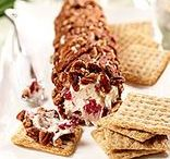 Triscuit For The Holidays / It's that time of year again and TRISCUIT crackers have us feeling inspired for the holidays.