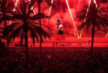 Fotografies Festes de Maig 2013 Badalona Fiestas de Mayo Badalona / Les Festes de Maig són el conjunt d'activitats que se celebren al voltant del dia 11 de maig, Sant Anastasi, copatró de la ciutat. Els actes es resumeixen en activitats de cultura popular i tradicional catalana i programacions de música, teatre, infantil, etc. Fotografia J.L Andú