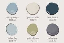 Bathroom Colour Schemes / A selection of great colour palettes for the bathroom.