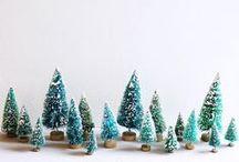 The Festive Bathroom Board / Christmas Bathroom Decor