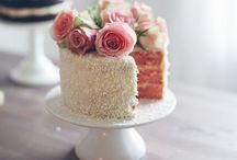Bridal Ideas / by Hannah Menzies