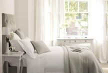 Home | Bedroom Inspiration / I love changing our bedroom for the seasons and am always on the lookout for simple yet classic styles to recreate. Get inspiration for your bedroom here!
