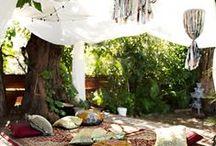 O U T D O O R S / #gardens #outdoors #upholstery #furniture #ideas #inspiration #livingoutside