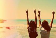 GIRLS / SUMMERTIME / Mmmmhhh, vous sentez ? Ça hume bon l'été, le sable chaud... Les vacances quoi ! Toute la sélection playa, c'est par là : http://www.citadium.com/mode/C-121563-plage