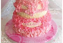 Cute clever cakes & cupcakes / by Cyndylynn