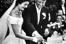 Jacqueline Kennedy stilinde Oleg Cassini imzası