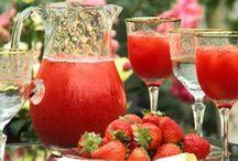 Drinks / by Maya Mahajan