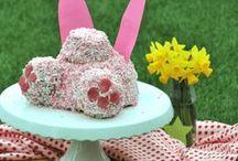 LOW CARB | Ostern / Ostern! Ostern! Welcher Osterhase sucht auch nach tollen Rezepten für seine kleinen? ;D Tolle Rezeptideen (vegan, low carb, glutenfrei, paleo oder keto) findet ihr hier auf dieser Pinnwand!