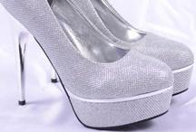 Pantofi Dama / Pantofi Dama, Pantofi dama online, Pantofi dama ieftini numai pe www.goldenware.ro. Pantofi dama moderni colectia 2013. Inregistrati-va pe newsletter pentru a primi saptamanal reduceri si oferte noi.