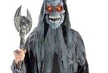Halloween naamiaisasut / Halloween naamiaisasut kategorian alta löydät Halloween naamiaisasut- ja lisukkeet aikuisille ja lapsille.