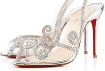 Sapatos e sandálias finos. / Amo sapatos. / by Lais Souto Maior