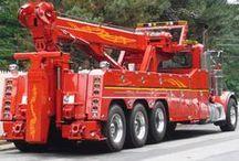 Heavy Duty Towing / www.travisbarlow.com