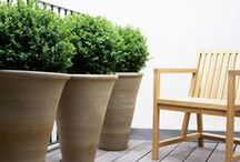 Stylish planters / Container gardening gets stylish! Here is a collection of pictures of some of the most inspired & sophisticated planters we've seen. #planters #containers #chic #gardens