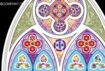 Farbentwurf/ Farbkonzept Innenraum, neogotische Fenster in Hannover / Farbkonzept/ Denkmalpflege und Entwurfsarbeit für die neogotischen Fenster der Alice-Salomon-Schule in Hannover. Die Fenster befinden sich in der ehemals katholischen Kapelle der Einrichtung. Die Umsetzung basiert auf einer Rekonstruktion auf denkmalpflegersicher Basis.