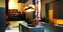 Vergoldungsarbeiten mit Blattgold im Messebau, Ausstellungsbau, Shops