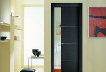 Les portes d'intérieur / Des portes coulissantes pour gagner de la place.  La porte coulissante optimise l'espace en supprimant la surface de débattement des portes. Zoom sur les portes coulissantes et les différents systèmes qui existent...