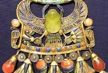 1.5. TREASURES. Egyptian jewelry.