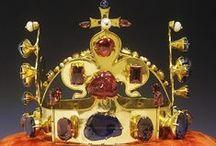 1.7. TREASURES. Helmet, tiaras, crowns.