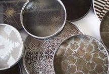 Notre Monde / Trays, Mirrors, Tables Vassoi Specchi Tavolini