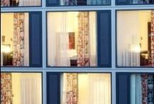"""ARCOTEL Velvet Berlin / Das ARCOTEL Velvet befindet sich in einer der spannendsten Gegenden von Berlin-Mitte. Das Hotel ist idealer Ausgangspunkt für Kunst, Kultur, Mode, Shopping und Entertainment.  Die Museums-insel, die Hackeschen Höfe, der Boulevard """"Unter den Linden"""", die Friedrichstraße, das Brandenburger Tor, zahlreiche Theater, Galerien und vieles mehr sind zu Fuß erreichbar."""