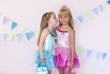 Dress Up Party for Girls / Dress up party ideas plus fun, colorful, and comfortable dress up outfits and accessories for girls