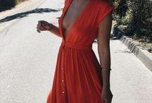 W sukience przez świat ...