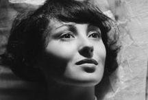Luise Rainer n°18 / 1910-2014 / Frou-Frou !