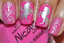 Nicol by Opi - Nail Shop Hungary