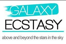 Galaxy Ecstasy / Show of your dreamy and intergalactic sense of style in our fabulous galaxy leggings.