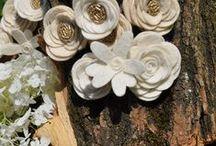 WHITE / Hófehér és törtfehér #filcvirágok #feltflowers
