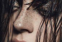 { Make-up art }
