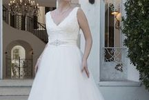 We love our devine size brides!