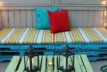 Husligheter ✭ Maria Soxbo / Det finns mycket roligt man kan göra med målarfärg, inte minst utomhus! Här har jag samlat några av mina favoritidéer på temat, som inspiration för dig som vill sätta lite extra färg på sommaren.