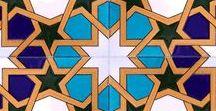 İznik çinileri çini panolar  Turkish İznik masjid tiles  decoration islamic art mosque interior / Kütahya ve İznik çinileri. Çini desenli seramik ve mozaik karolar. Cami, mescit, kubbe, otel banyo türk hamamı için çini dekorasyon, Otel, spa türk hamamı, havuz seramikleri yer ve duvar çini seramik fayans dekorasyonu. osmanlı çini desen ve motifleri, mihrap minber ve kürsü işleri. iç cephe ve dış cephe kaplama işleri. Hediyelik çini seramik, porselen eşyalar. mosque decorations masjid interior exterior dome gift material interior, oriental, ceramic, mosaic, tiles.