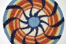 Crochet and Knitting / by Ana Corça