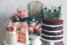 Cakes / YUM! A multi-tiered masterpiece or a quaint dessert table... what's your style?