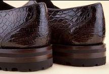 Alligator Skin Shoes 15688 Coffee - Scarpe Alligatore 15688 Coffee / Handmade brown shoes built of precious Alligator skin. The elegance of crocodile leather collections and the comfort of buying from the online shoe boutique. - Scarpe marroni allacciate artigianali in prezioso Alligatore. Tutta la classe delle collezioni in coccodrillo e il relax di comprare nel negozio online.