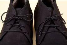 Hydro Nubuck Anchor Boots 34016 Black - Scarponcini Idronabuk 34016 Nero / Men's black chukka-style lace-ups built by hand with Bologna construction.  - Scarponcini neri stringati per uomo, costruiti artigianalmente con tecnica manifatturiera Bologna.