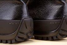 Deerskin Ankle Boots 34017 Black - Stivaletti Cervo 34017 Nero / Men's black, twin-zip demi-boot, made by hand of genuine deer leather.  - Polacchini neri maschili con doppia zip, fatti a mano in vera pelle di cervo.