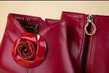 High-heel Ankle Boots 49315 Red - Tronchetti Tacchi 49315 Rubino / Women's ruby-red half-boot in soft napa leather. All the personality of the Pakerson style matched with Made in Italy artisan excellence. Visit the Online Store. - Tronchetti rosso rubino per donna, realizzati in morbida nappa. Tutta la personalità dello stile Pakerson abbinata all'eccellente artigianalità Made in Italy.